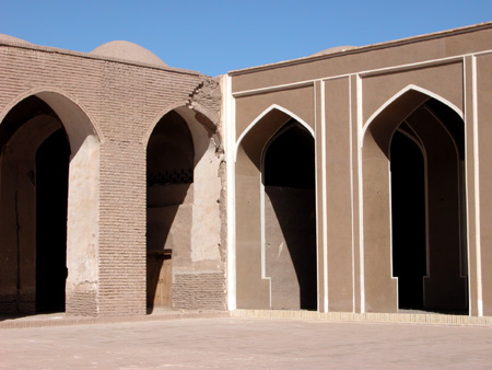 Arg-e Bam (Bam Citadel), Iran: Faulty (left) vs. recent and more accurate (right), renovation, mosque