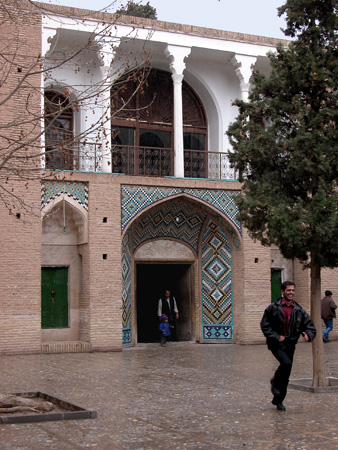 Mahan, Iran: Entrance to second courtyard, Tomb of Shah Nematollah Vali