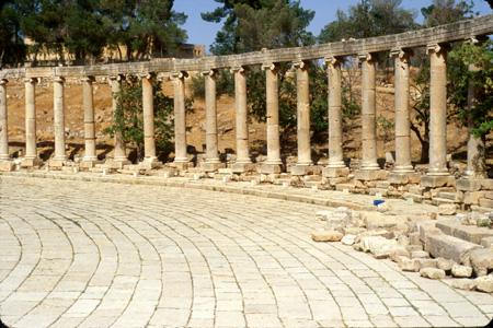 Jerash, Jordan: Colonnade, Oval Plaza