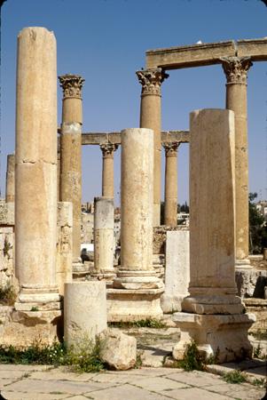 Jerash, Jordan: Columns