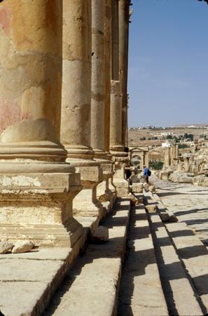 Jerash, Jordan: Colonnaded Cardo, North Tetrapylon (gate)